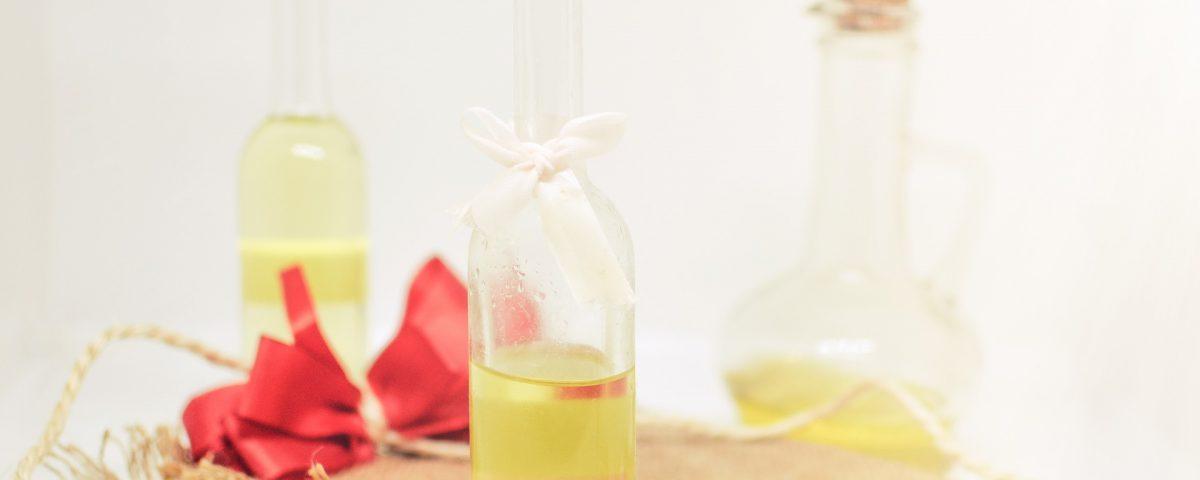 DIY - Verfrissende olie voor je vermoeide huid - Rio Rosa